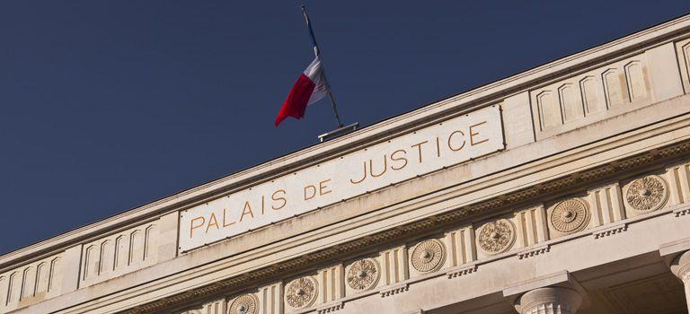 La Justice: Wer als deutscher Unternehmer Geschäfte in Frankreich macht, sollte daher bewandert sein in den elementaren Gepflogenheiten der französischen Justiz.
