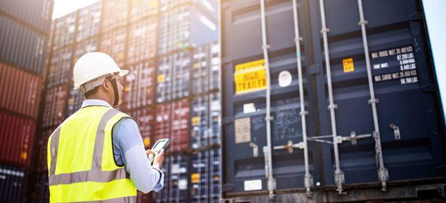 Lieferschwierigkeiten durch Corona: Unternehmen sollten frühzeitig Kontakt mit ihren Zulieferern und Kunden aufnehmen.