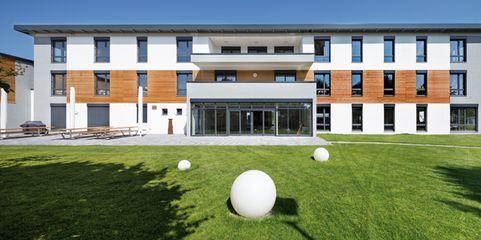 Firmengebäude aus Holzfertigbauteilen: die Unternehmenszentrale von Aktivoptik in Bad Kreuznach
