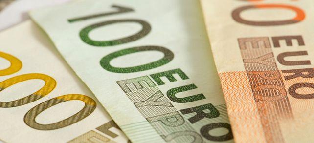Hohe Bezahlung: In der Pharmaindustrie und im Fahrzeugbau lässt sich viel Geld verdienen.