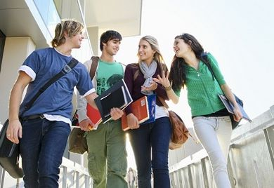 Laut Studie sind 83 Prozent der Befragten davon überzeugt, nach dem Studium schnell einen adäquaten Job zu finden.