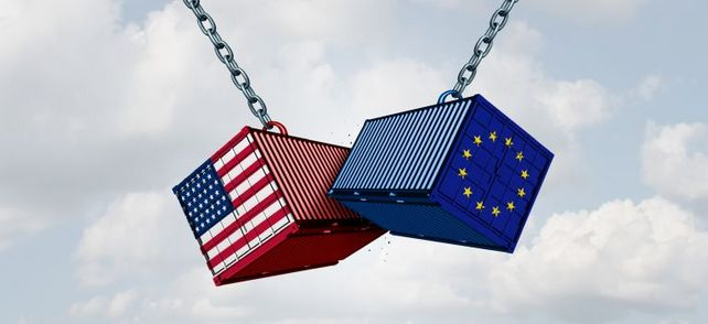 Kollidierende Interessen: Ende Juli hat EU-Kommissionspräsident Jean-Claude Juncker US-Strafzölle auf Autos erst einmal abgewiegelt. Doch noch ist der Streit mit den USA nicht beigelegt.