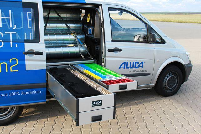 Schubladen im XXL-Format: Ablageflächen unter dem Transportboden müssen Druck aushalten.
