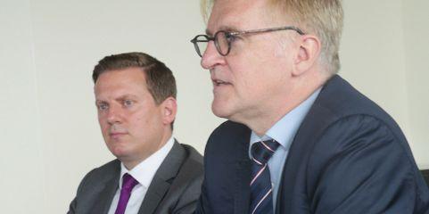 Zufrieden an der Spitze: die Hannover-Finanz-Vorstände Goetz Hertz Eichenrode (links) und Jürgen von Wendorff.