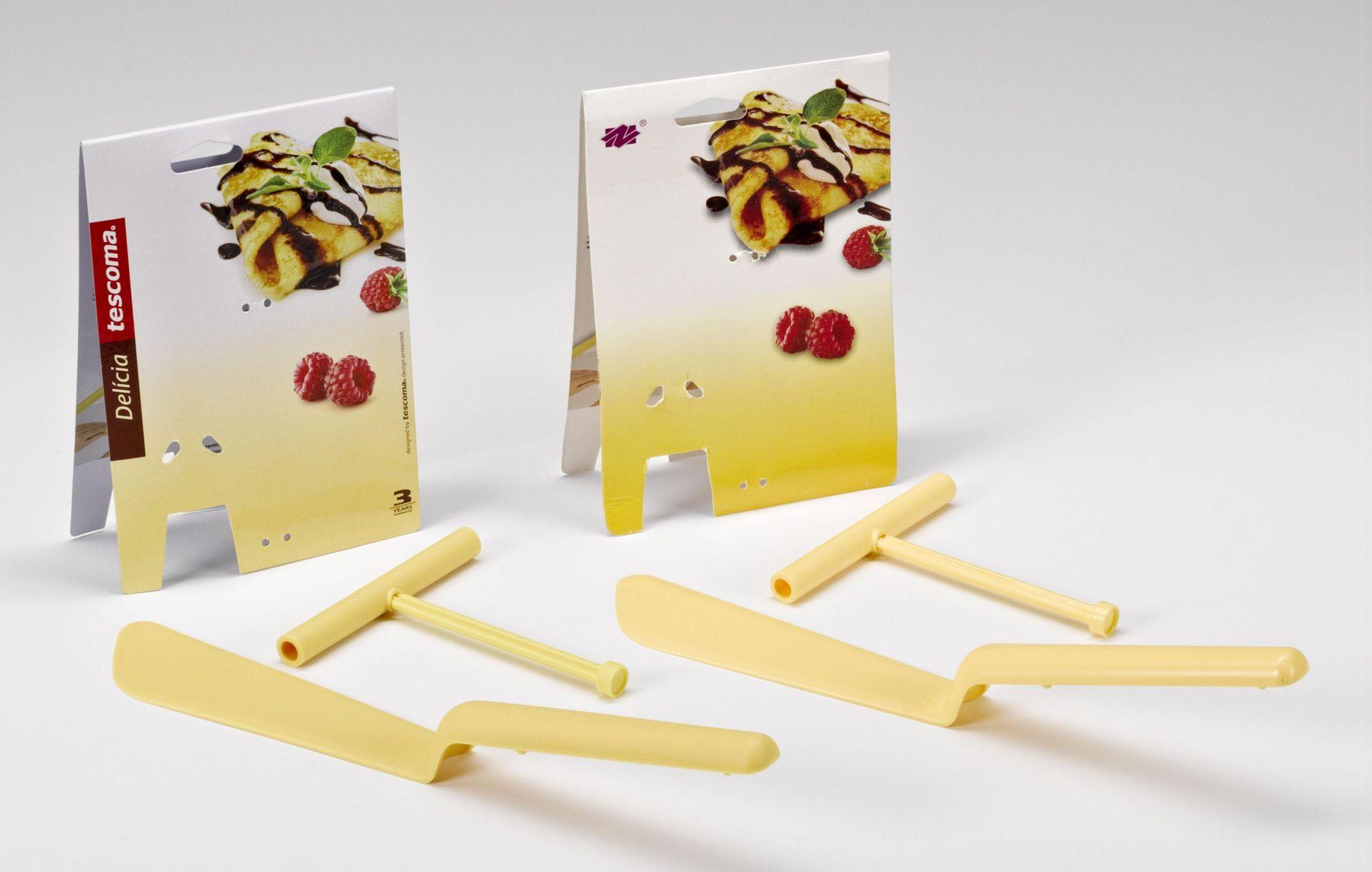 """Pfannkuchen-Wender mit Teigverteiler """"DELÍCIA"""" - Links das Original von TESCOMA s.r.o., Zlin, Tschechien und rechts das Plagiat aus China."""