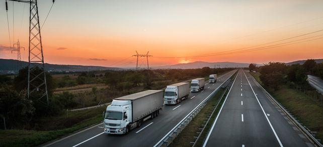 Auch die Logistikbranche ist betroffen: Viele Unternehmen suchen eine Nachfolger. Die Spedition Schiffer Service hat einen gefunden – dank lokaler Netzwerke.