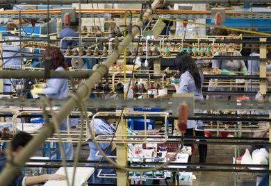 China ist, nach Angaben des Auswärtigen Amtes, der viertgrößte Abnehmer deutscher Exportprodukte. Doch Vorsicht ist hier geboten, deutsche Mittelständer müssen die Exporte zu einem beträchtlichen Teil mit dem CCC-Zeichen zertifizieren lassen.