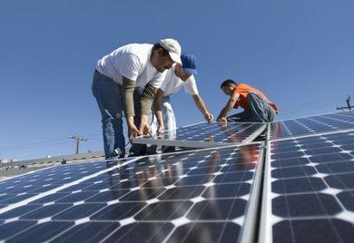 Die beim Klimagipfel in Paris erzielten Beschlüsse könnten neue Geschäftschancen im Ausbau Erneuerbarer Energien schaffen für deutsche Mittelständler.
