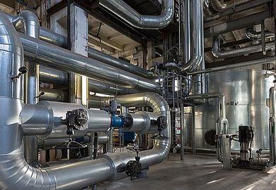 Mit einem Blockheizkraftwerk kann der Mittelstand viel Energie und somit Geld sparen.