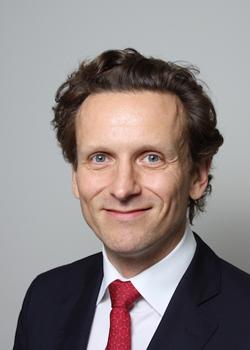 Christian Saxenhammer ist Geschäftsführer der Investmentbank Saxenhammer & Co.