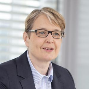 Gabriela Pantring (Jahrgang 1966) gehört seit November 2016 dem Vorstand der NRW Bank an. Zuvor war sie drei Jahre Vorstandsmitglied der ILB Investitionsbank des Landes Brandenburg. Pantring sitzt zudem im Beraterkreis des Mittelstandsrats der KfW Bankengruppe.