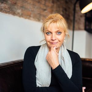 Britta Redmann ist Director Corporate Develpment & HR bei Veda.