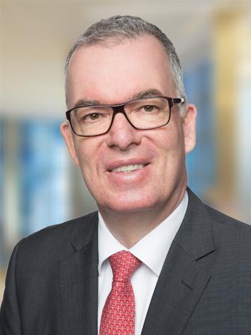 Dirk Nawe ist Partner bei KPMG im Bereich Deal Advisory.