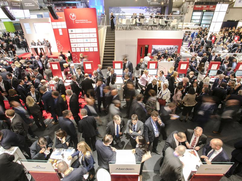 """Die Expo Real ist eine """"internationale Fachmesse für Immobilien und Investitionen"""". Die Branche trifft sich im kommenden Jahr vom 8. bis 10. Oktober in München."""