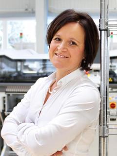 Katja Hillenbrand ist Vorstand bei Micas in Oelsnitz (Erzgebirge).