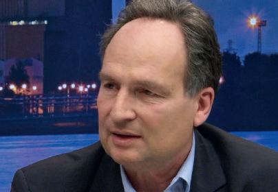 Alexander von Merzljak ist freier Autor und publiziert regelmäßig zu Technologie-Themen.