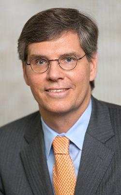Jeffery H. Perkins ist Geschäftsführer der auf die Beratung mittelständischer Unternehmen spezialisierten Investmentbank Harris Williams & Co.