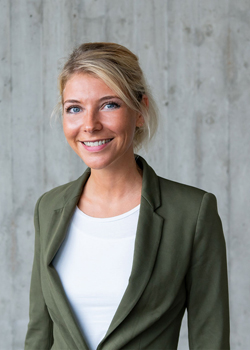 Juliana Niedermeier ist Head of Human Resources bei Dvelop