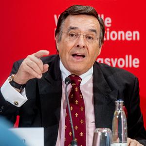 Mario Ohoven ist Präsident des Bundesverbands mittelständische Wirtschaft (BVMW) mit Sitz in Berlin. Der Verband vertritt im Rahmen seiner Mittelstandsallianz die Interessen von etwa einer Million Mitgliedern.