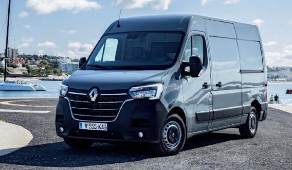Renault Master: In der Klasse der leichten Transporter von 2,8 bis 4,8 Tonnen Gesamtgewicht ist der Franzose mit einer Motorisierung von 135 bis 180 PS unterwegs. Wer es elektrisch haben will, findet im Master Z.E. ein Angebot. Damit kommt man aber nur 120 Kilometer weit. Für den Verteilerverkehr in Städten sollte das freilich ausreichen.