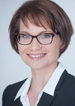 Julia Ruch ist Rechtsanwältin und Inhaberin der Aktivkanzlei.