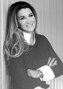 Sabine Hentschel ist Fördermittelberaterin und spezialisiert auf Zuschüsse für Forschung und Entwicklung.